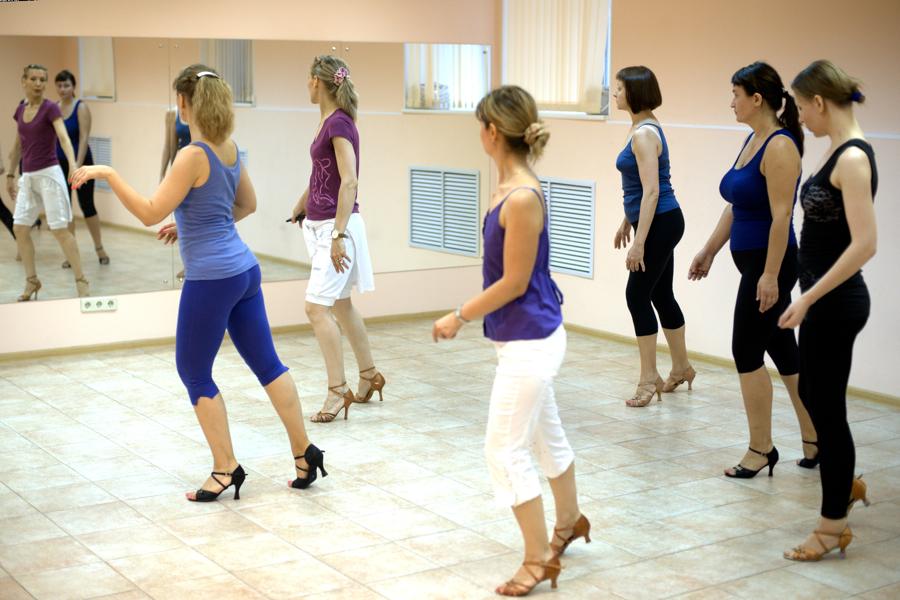 Клубные танцы обучение