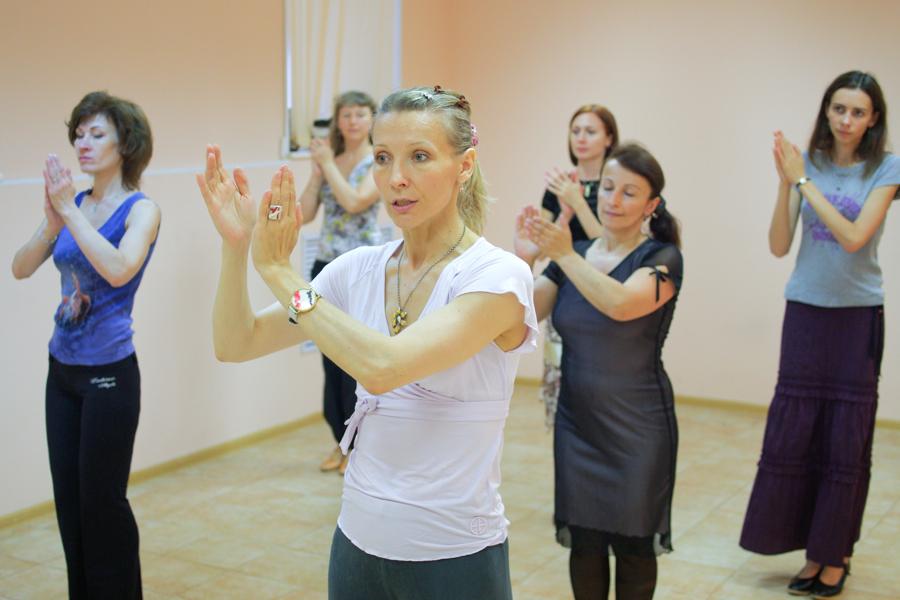 Занятия в московской школе танцев